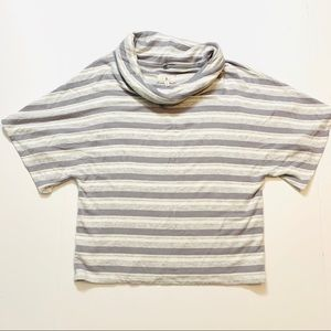 Lou & Grey short sleeve cowl neck size medium